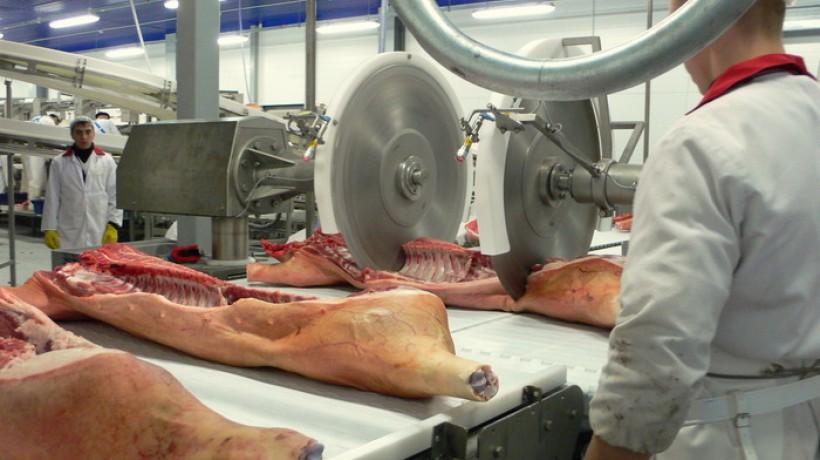 Пермские мясопереработчики обещают покупателям рост цен на колбасу