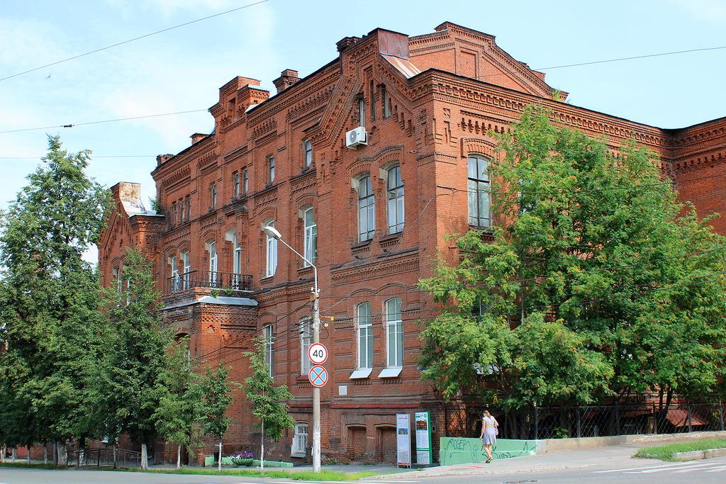 Здание Мариинской женской гимназии в Перми празднует 130-тилетний юбилей