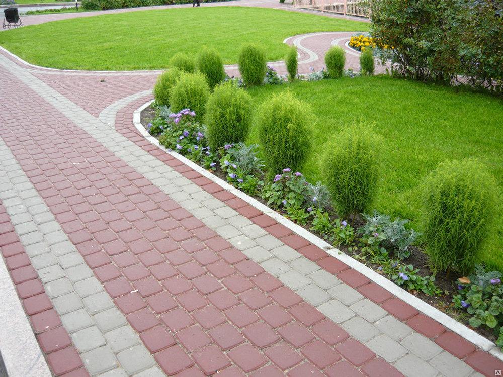 В Перми начали благоустраивать дворы на федеральные средства