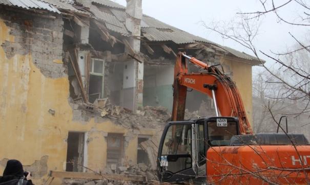 Дом в Перми, признанный аварийным ещё 5 лет назад, начали сносить