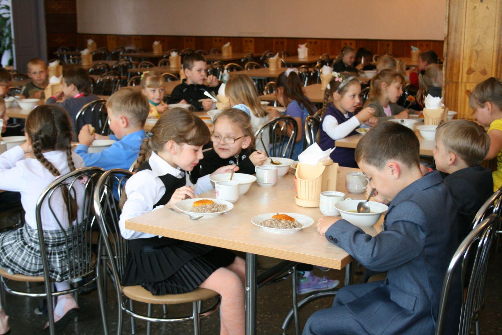 В Прикамье увеличатся расходы на питание школьников
