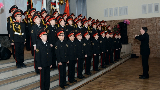 Во всех российских регионах могут открыть кадетские корпуса