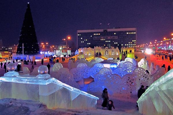 На пермской эспланаде строится ледовый городок