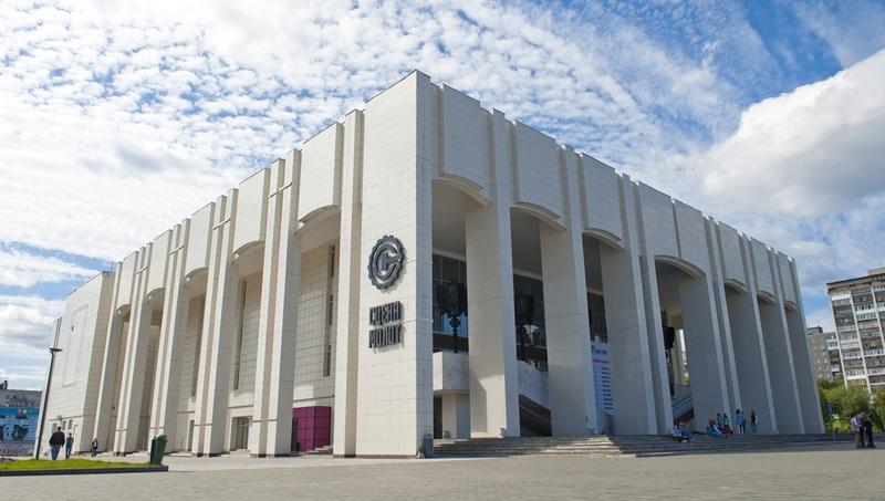 Реконструкцию Театра-Театра отложили на месяц