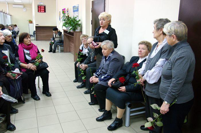 Международный день пожилого человека отпразднуют в МФЦ Прикамья