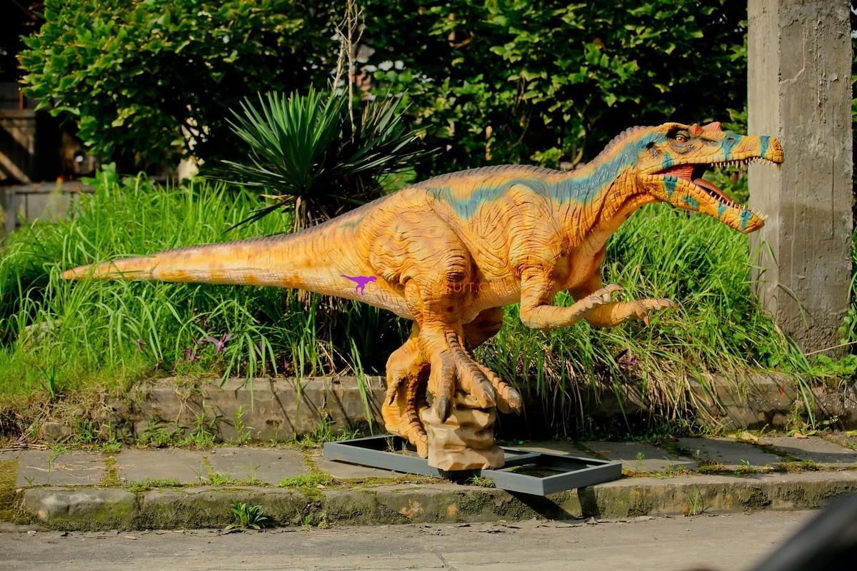 Первый российский динозавр-аниматроник создан в Перми