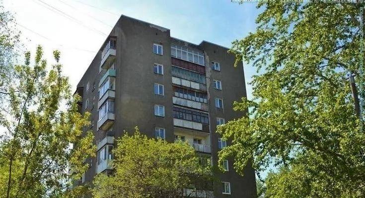 «Фронтовики» смогли приостановить возведение гостиницы на улице Макаренко