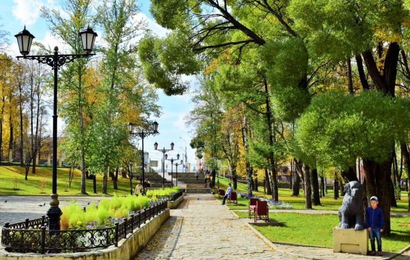 В Перми продолжают благоустраивать Райский сад