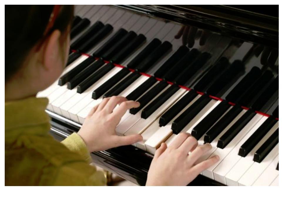 В музыкальные школы Прикамья поступило 18 новых пианино