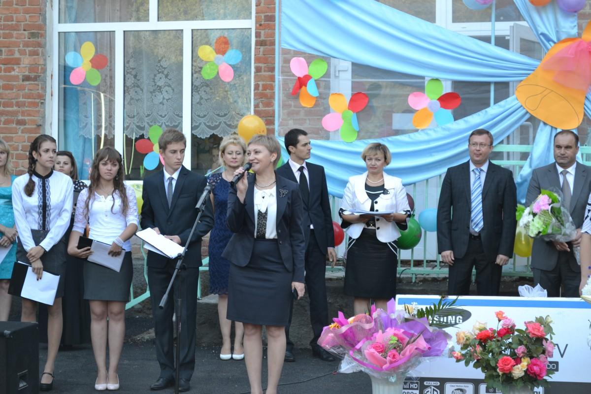 В Александровске объединяют школы