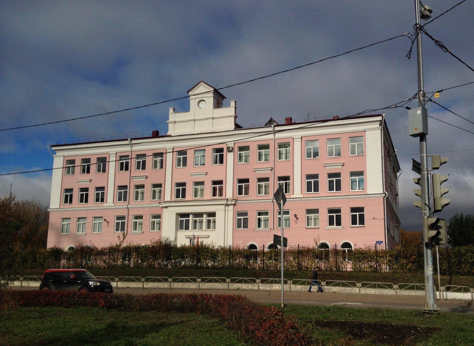 Пермская гимназия - в центре скандала