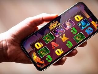 казино Вулкан Неон зеркало