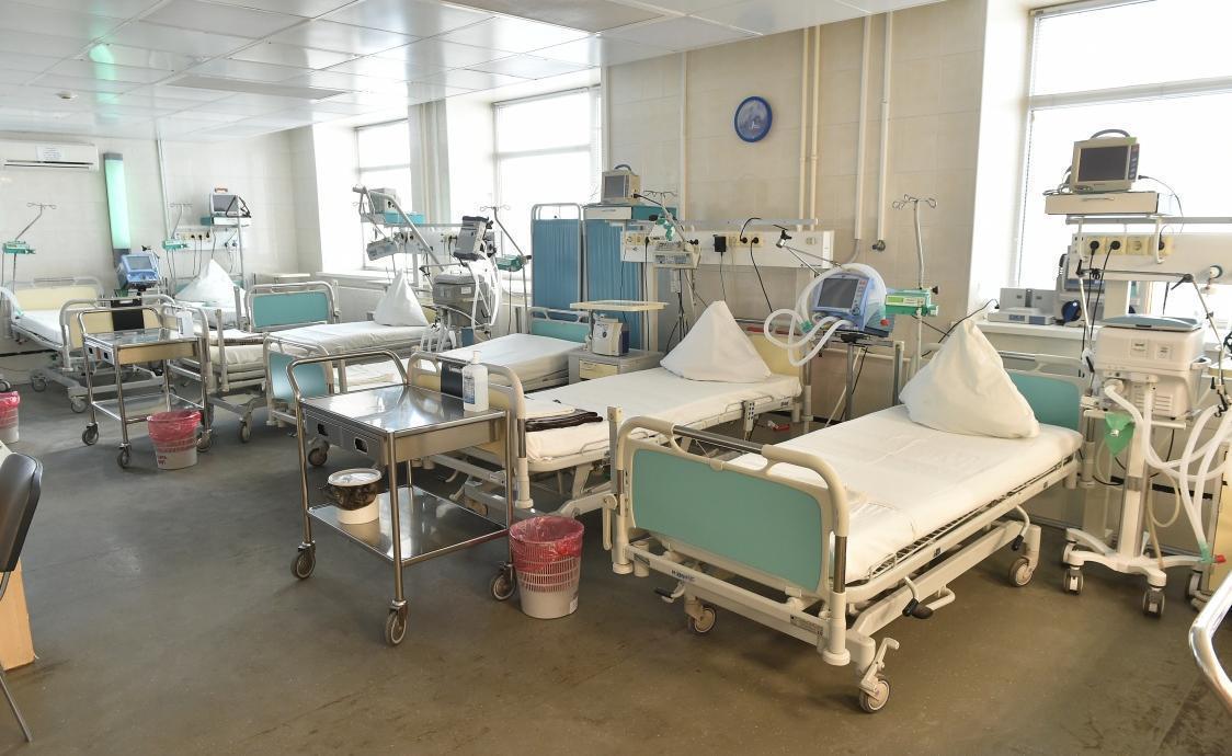 Дополнительные места для больных коронавирусом разворачивают в Пермском крае