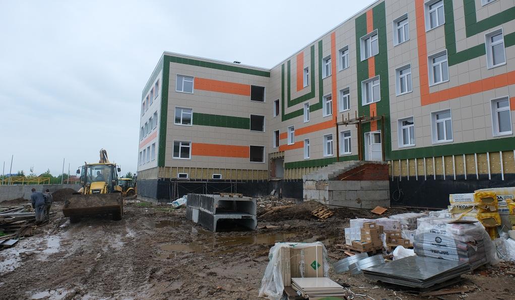 В Прикамье строится сразу семь школ