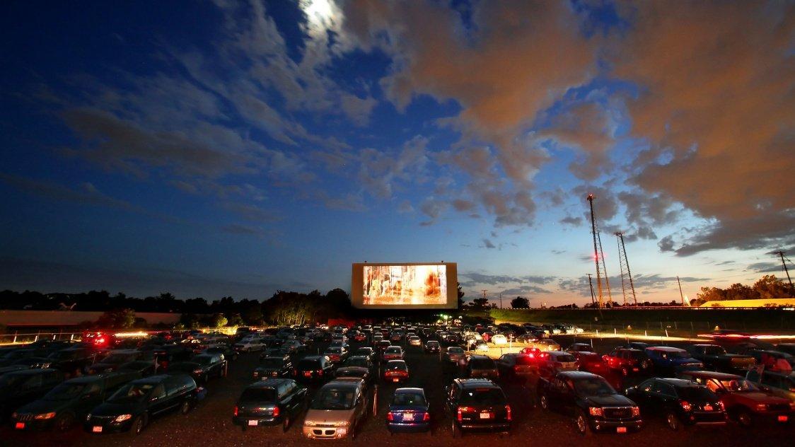 В Перми запускают автомобильный кинотеатр