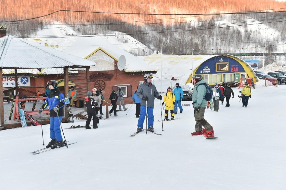 На посещение горнолыжных комплексов в Прикамье ввели ограничения
