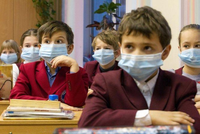 Некоторые школьники Прикамья вернутся к очному обучению