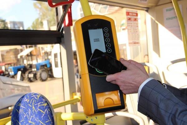 Бескондукторная оплата в тестовом режиме внедряется в общественном транспорте Перми