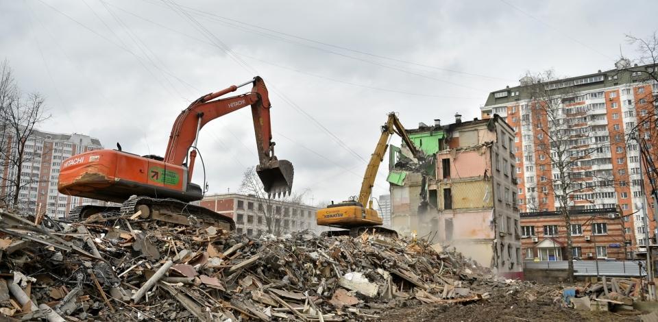 Объявлен конкурс на работы по вывозу отходов от сноса домов